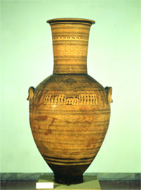 Main view of the amphora, where the prothesis of the deceased is depicted