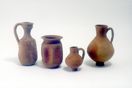 Pottery from tombs